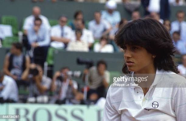 The tennis champion Gabriela Sabatini during the tournament Roland Garros June 1985