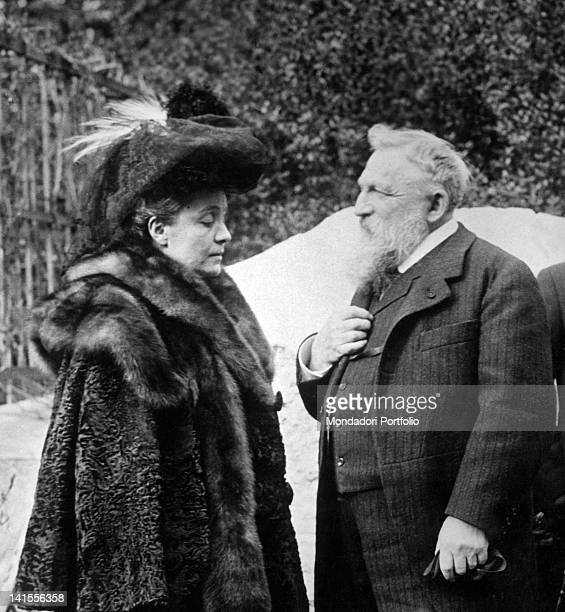 The theatre actress Eleonora Duse meeting the French sculptor Auguste Rodin