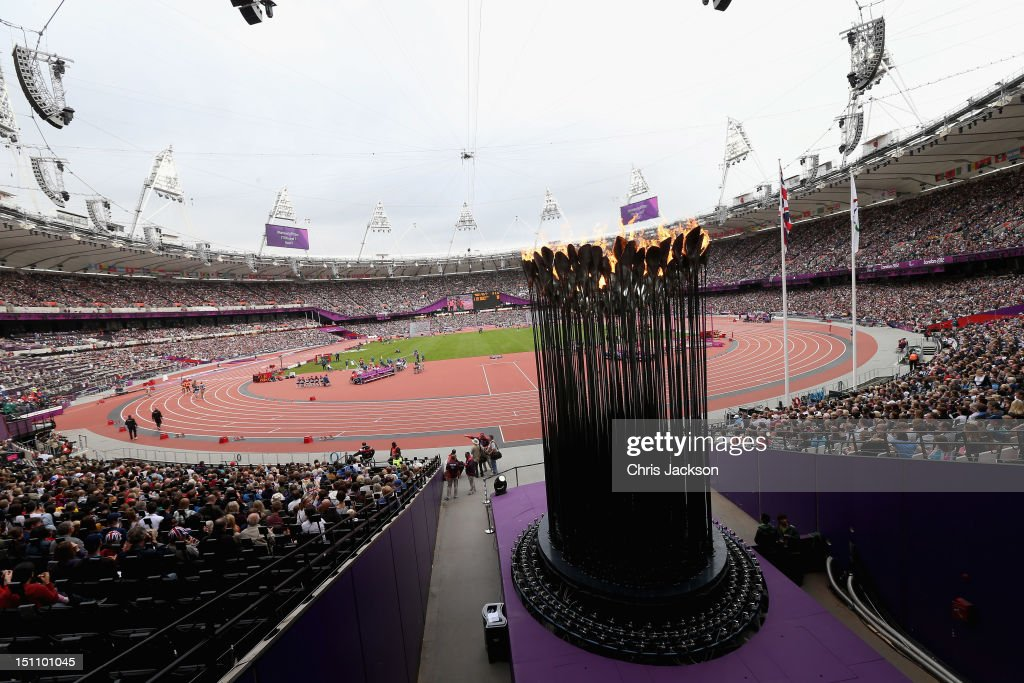 The Thomas Heatherwick designed Paralympic Cauldren burns in a crowded Olympic Stadium on day 3 of the London 2012 Paralympic Games at on September 1...