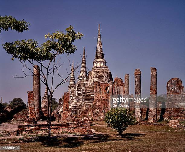 SANPHET AYUTHAYA AYUTTHAYA THAILAND The three bell shaped chedis of Wat Phra Si Sanphet in the ancient city of Ayutthaya This mighty kingdom...