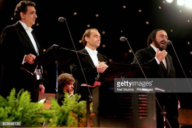 The Three Tenors perform at London's Wembley Arena in front of 55000 fans tonight Placido Domingo Jose Carrera and Luciano Pavarotti excited the...