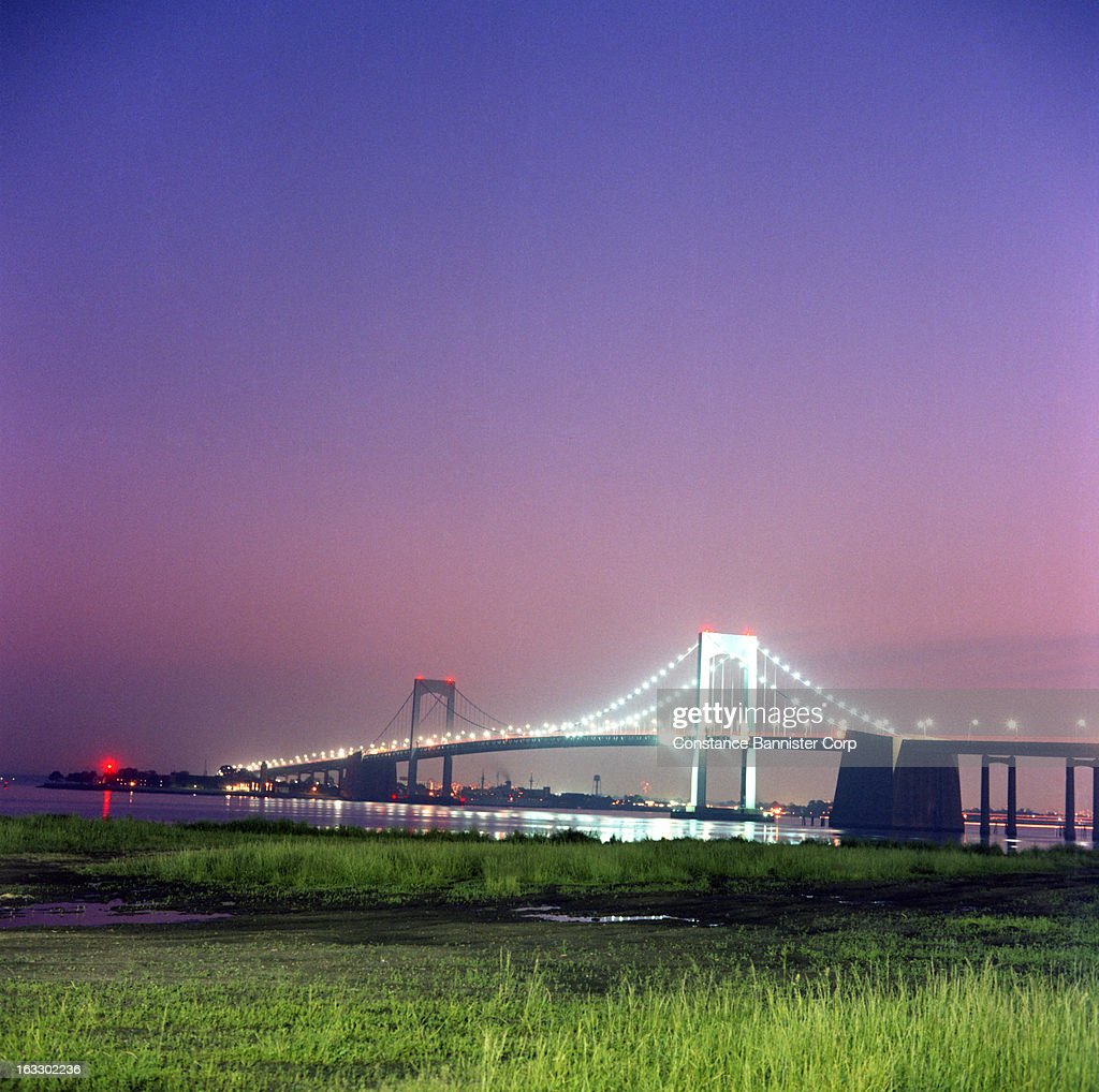 The Throggs Neck Bridge at night, New York City. USA.