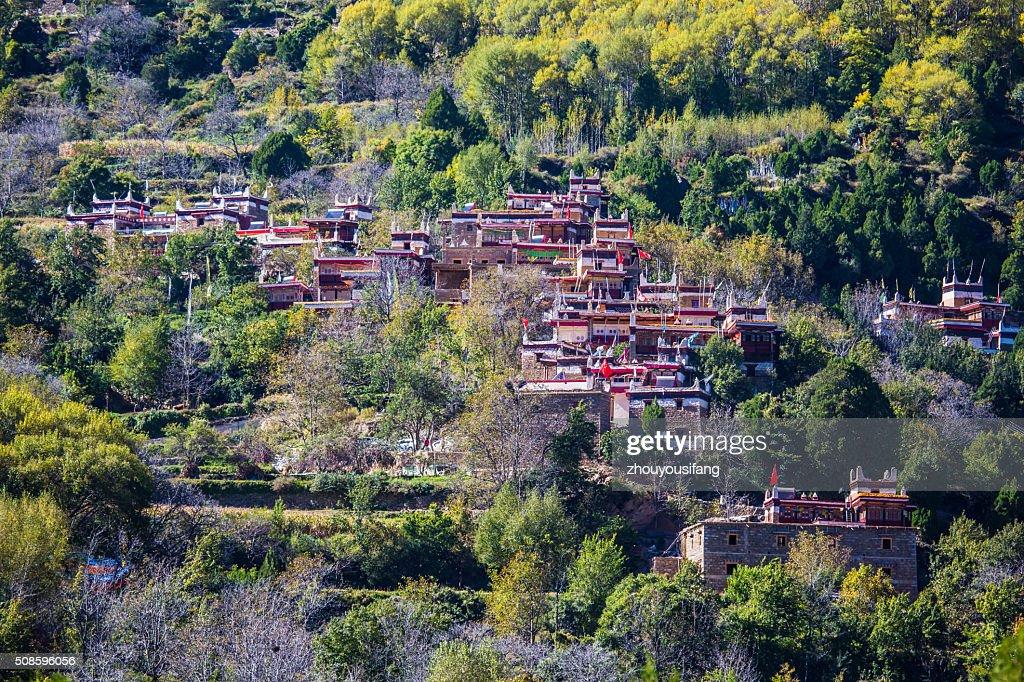 The Tibetan folk houses in Sichuan : Foto de stock