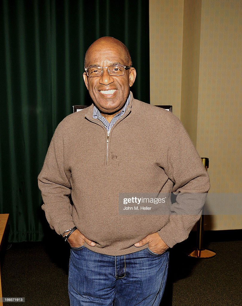The Today Show Weatherman and TV Host <a gi-track='captionPersonalityLinkClicked' href=/galleries/search?phrase=Al+Roker&family=editorial&specificpeople=206153 ng-click='$event.stopPropagation()'>Al Roker</a> signs copies of his new book 'Never Goin' Back; Winning The Weight - Loss Battle For Good' at Barnes & Noble at The Americana at Brand on January 12, 2013 in Glendale, California.