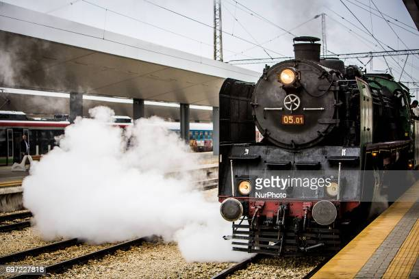 The train was used by the father of King Simeon II Tsar Boris III who was a king of Bulgaria in the period 19181943 Tsar Simeon II took his guests...