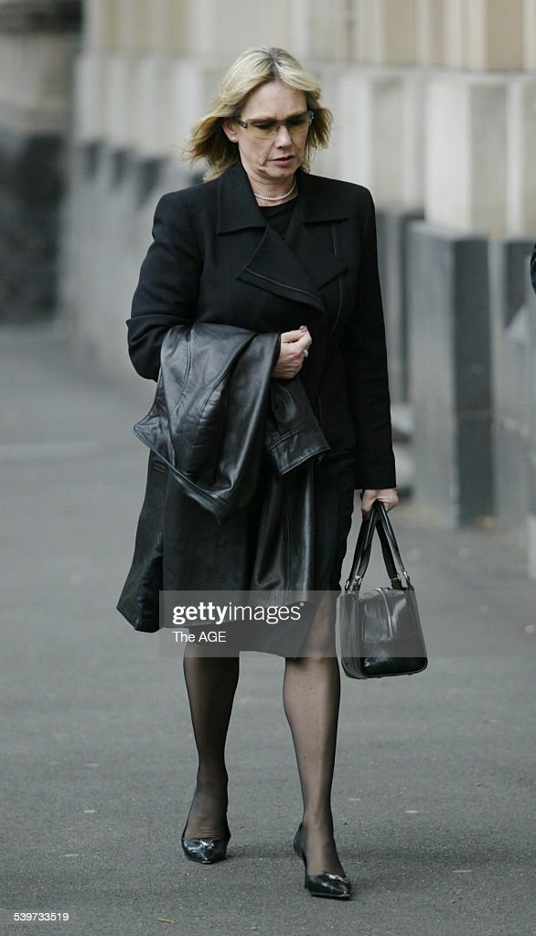 The trial of bouncer Zdravko Micevic Seen here David Hook's estranged wife Robyn at the Melbourne Supreme Court on 31st August 2005 THE AGE NEWS...
