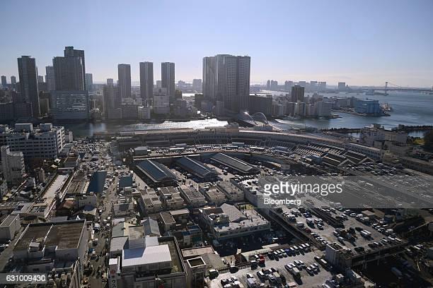 The Tsukiji Market stands in Tokyo Japan on Thursday Jan 5 2017 Kiyomura KK operator of Sushi Zanmai restaurant made the winning bid of 742 million...