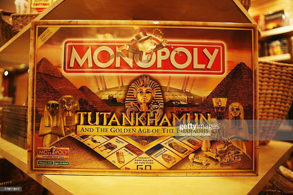 The souvenir shop during the tutankhamun exhibition amp the golden age