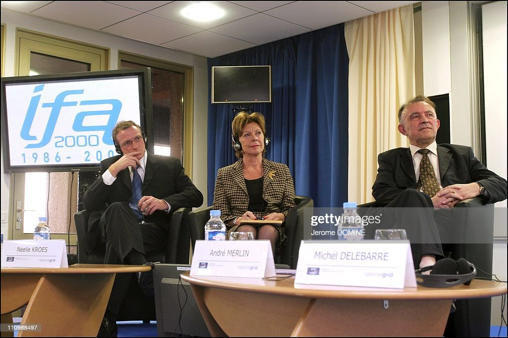 The twenty years of electrical interconnection FranceEngland Simon Cocks Neelie Kroes Andre Merlin in Calais France on November 30th 2006