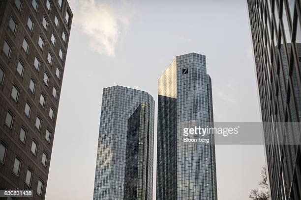 The twin tower skyscraper headquarter offices of Deutsche Bank AG stand in Frankfurt Germany on Monday Jan 2 2017 Deutsche Bank is fighting 47 civil...