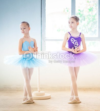 The two little ballet girls in tutu stock photo thinkstock - Deguisement danseuse classique ...