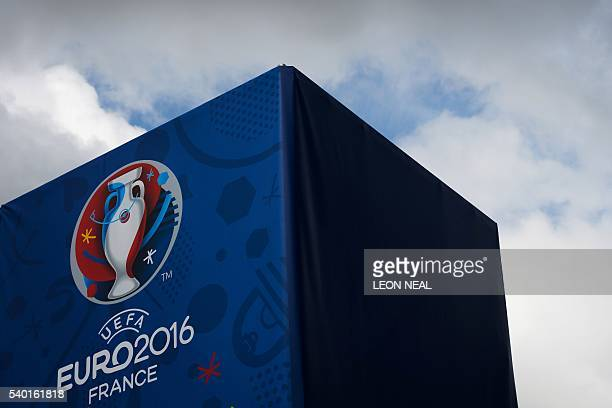 The UEFA Euro 2016 logo is seen in Lens northern France on June 14 2016 / AFP / LEON NEAL