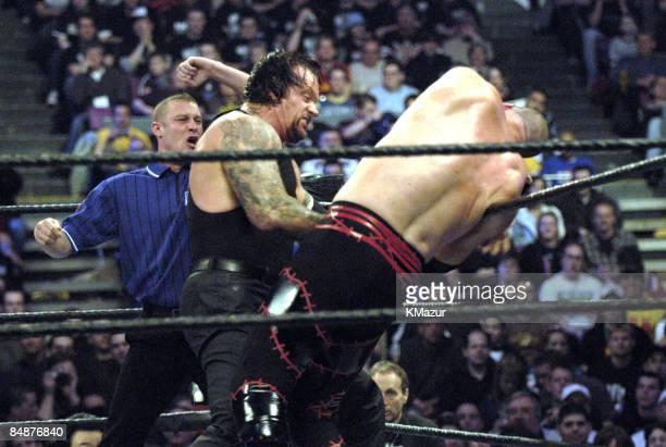 The Undertaker vs Kane