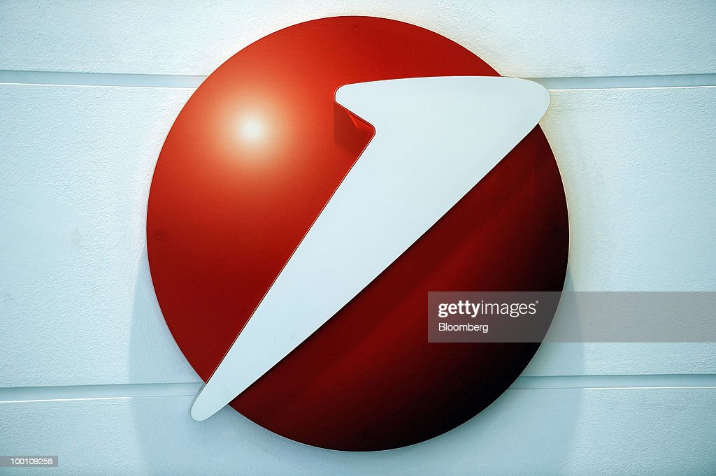 The UniCredit SpA logo is seen at the bank's headquarters in Milan, Italy, on Friday, May 21, 2010. UniCredit SpA Chief Executive Officer Alessandro Profumo said that contagion from Greece's debt crisis will be managed and that Europe should concentrate on growth and not just cutting public debt. Photographer: Giuseppe Aresu/Bloomberg via Getty Images