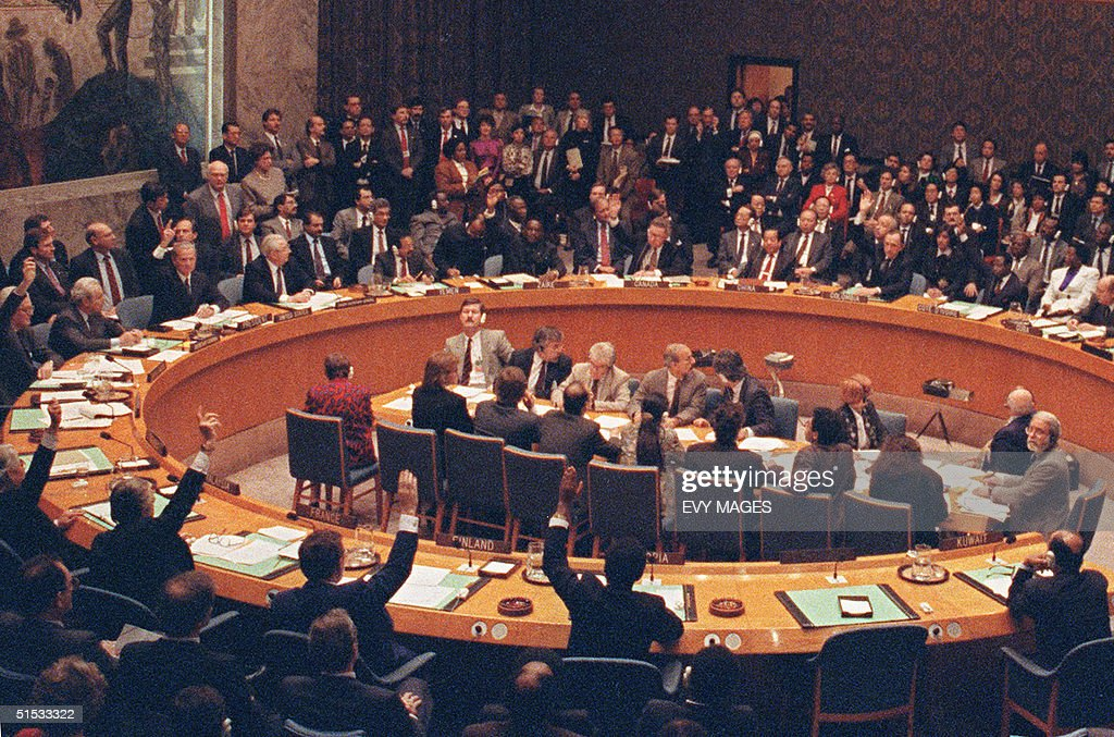 The United Nations Security Council votes 29 November to adopt resolution 6781990 authorizing the use of military force against Iraq after 15 january...