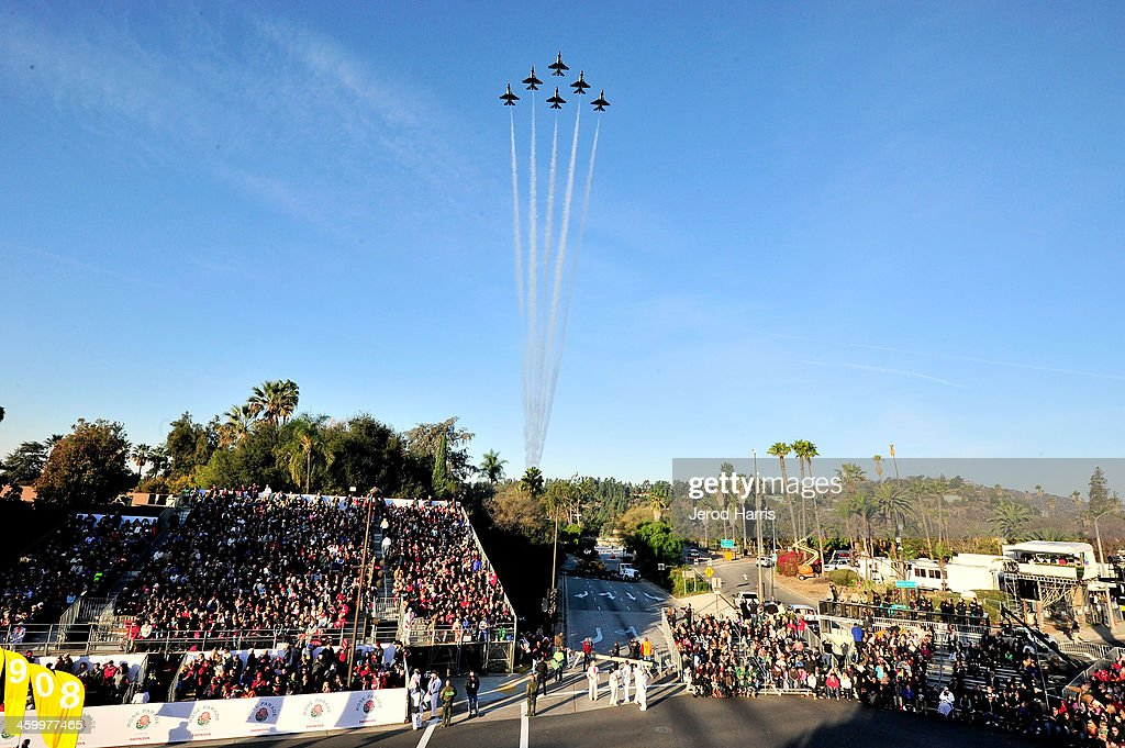 The United States Air Force demonstration team the 'Thunderbirds' fly over the 2014 Rose Parade on January 1, 2014 in Pasadena, California.