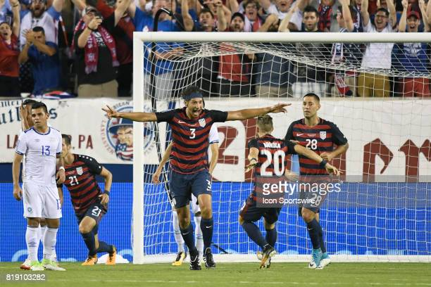 the United States defender Omar Gonzalez celebrates with teammates after scoring a goal during a CONCACAF Gold Cup Quarterfinal match between the...