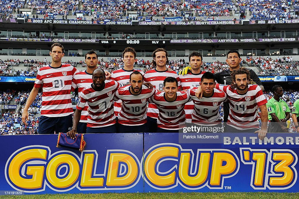 The United States team poses before the 2013 CONCACAF Gold Cup quarterfinal game between El Salvador and the United States at M&T Bank Stadium on July 21, 2013 in Baltimore, Maryland.
