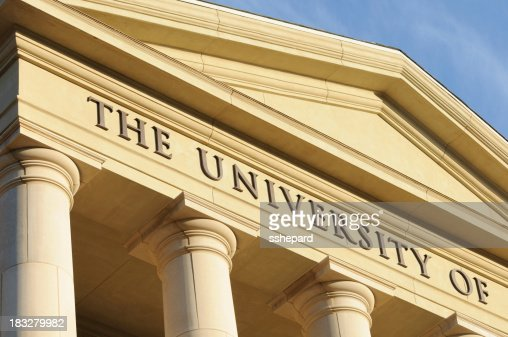 The university of sign with columns