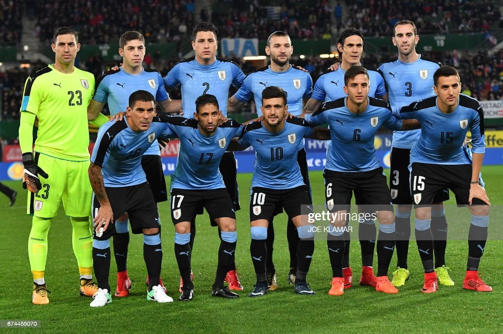 The Uruguayan soccer team pose for a picture before an international friendly football match between Austria and Uruguay in Vienna, Austria on November 14, 2017. /
