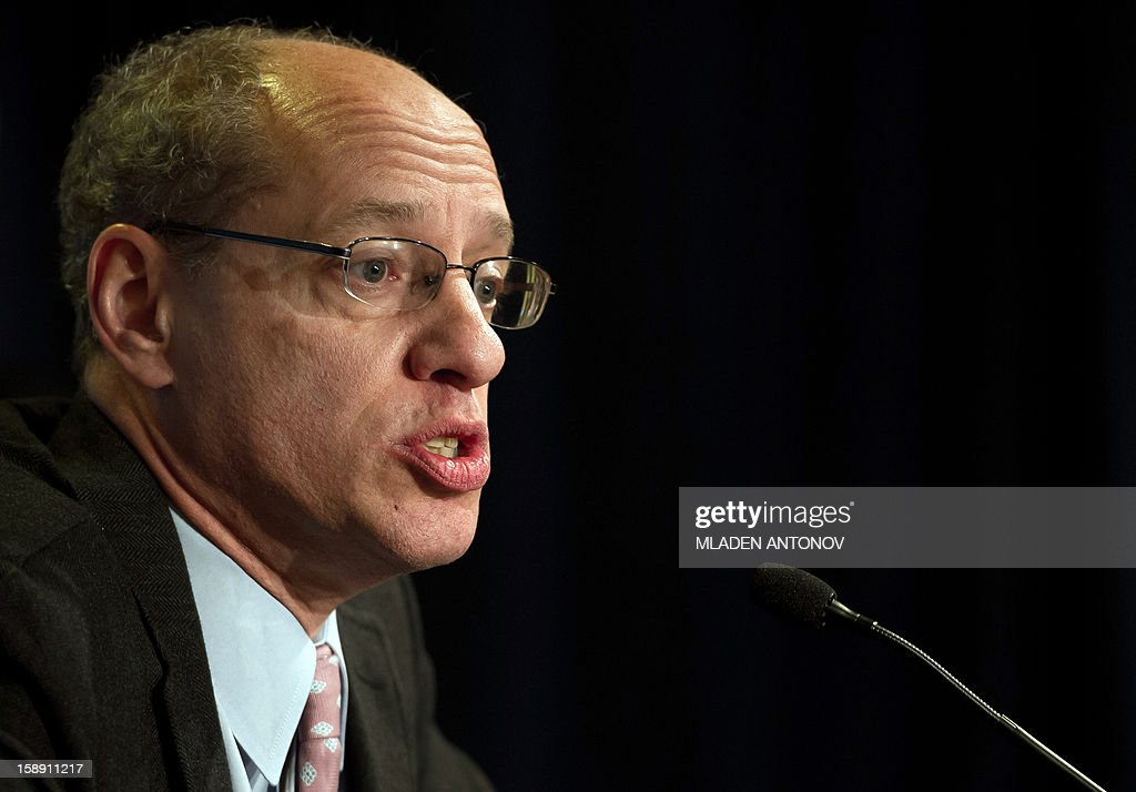 The US Federal Trade Commission Chairman Jon Leibowitz speaks at a press conference in Washington, DC on January 3, 2013. Jon Leibowitz made an announcement concerning the investigation of Google, one of the largest technology companies in the world, for alleged anticompetitive conduct. AFP PHOTO/MLADEN ANTONOV