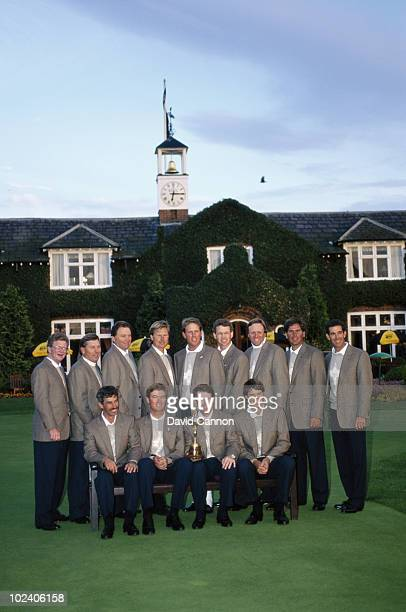 The USA team pose together for a group photograph with Chip Beck Tom Kite Ken Green Tom Watson Mark McCumber Curtis Strange Lanny Wadkins Mark...