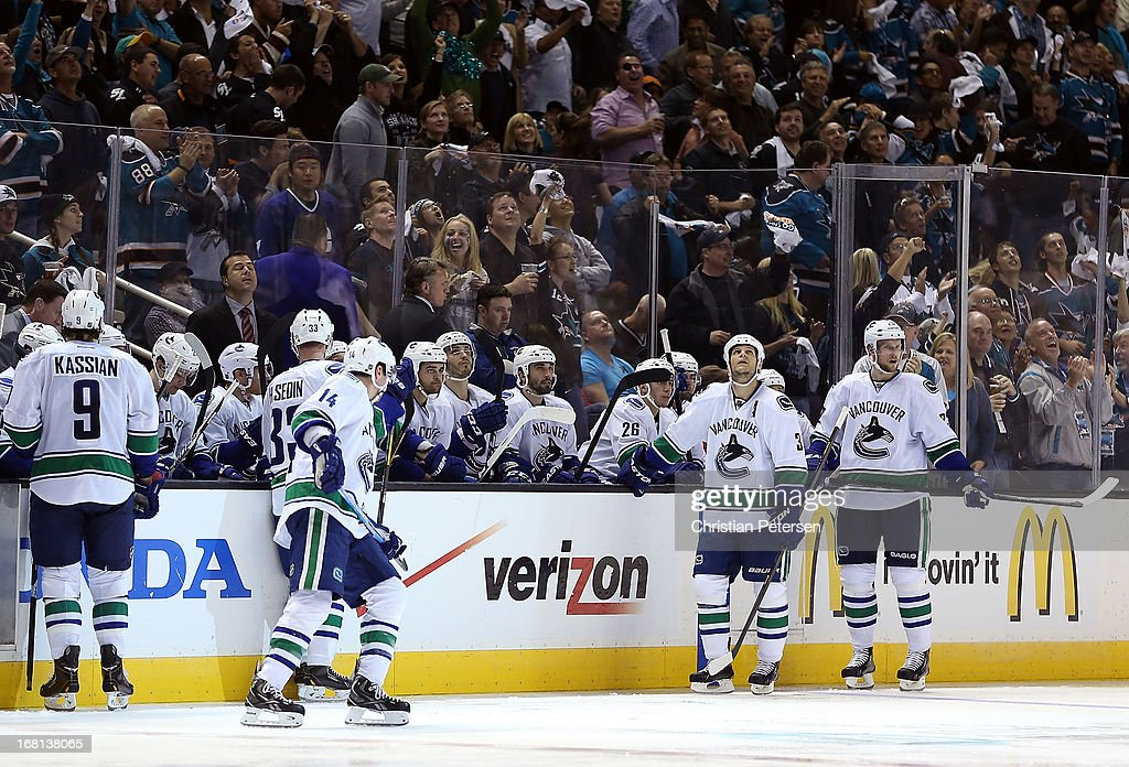 The Vancouver Canucks take a timeout after giving up a third-period goal to the San Jose Sharks in Game Three of the Western Conference Quarterfinals during the 2013 NHL Stanley Cup Playoffs at HP Pavilion on May 5, 2013 in San Jose, California. The Sharks defeated the Canucks 5-2.