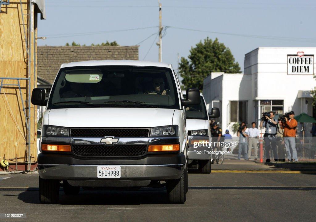 pop star Michael Jackson's child sex trial arrive at the Santa Barbara ...