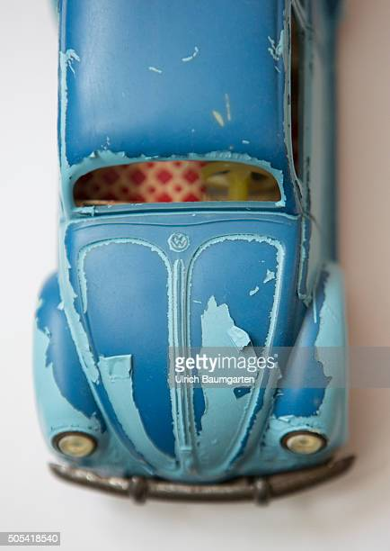 The varnish is gone Volkswagen in turbulences The photo shows a damaged model of the Volkswagen Beetle