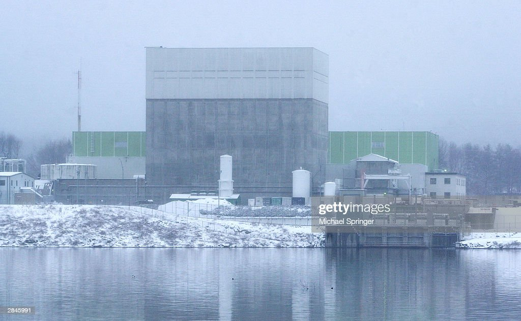 The Vermont Yankee nuclear power plant on the Connecticut River as seen from the New Hampshire side of the river January 5 2004 in Vernon Vermont...