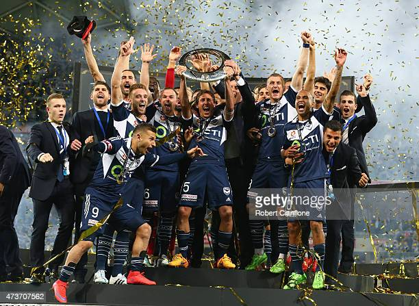 The Victory celebrate after the they defeated Sydney FC during the 2015 ALeague Grand Final match between the Melbourne Victory and Sydney FC at AAMI...