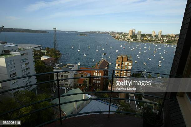 The view from an 8th floor apartment of Macleay Regis apartments Potts Point 22 September 2004 SHD PROPERTY picture by LEE BESFORD