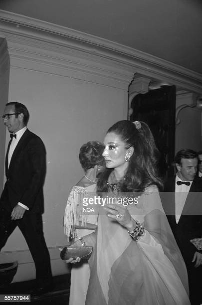 The viscountess Jacqueline de Ribes French fashion designer wife of viscount Edouard de Ribes Paris 1965
