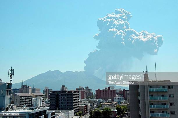The volcanic smoke spews from Mount Sakurajima on May 21 2015 in Kagoshima Japan The volcanic ashes reach to 4300 meters in the sky