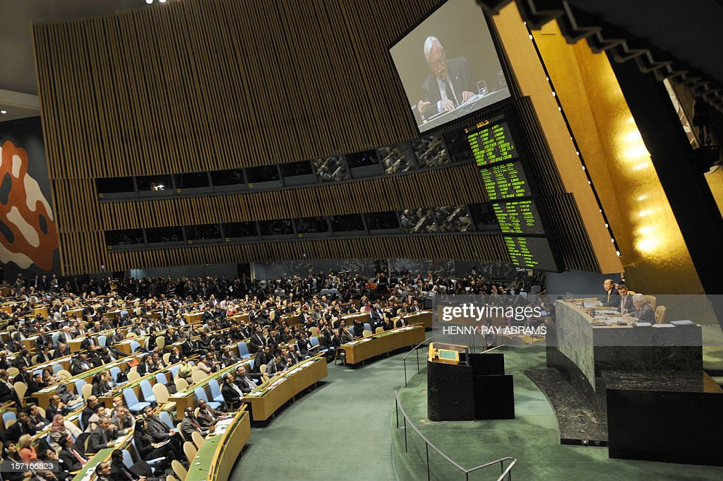 The votes are tallied after the United Nations General Assembly voted on a resolution to upgrade the status of the Palestinian Authority to a nonmember observer state November 29, 2012 at UN headquarters in New York. The resolution passed 139 to 8, with 41 abstentions. AFP PHOTO/Henny Ray Abrams