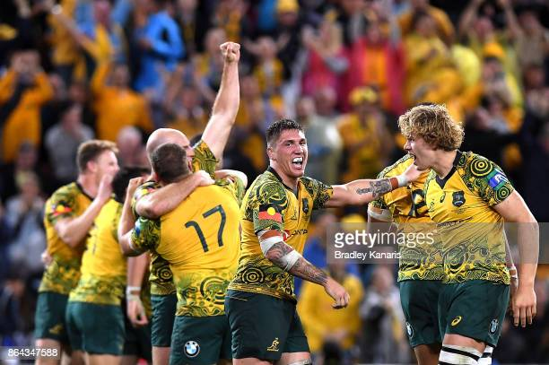 The Wallabies celebrate their victory after the Bledisloe Cup match between the Australian Wallabies and the New Zealand All Blacks at Suncorp...