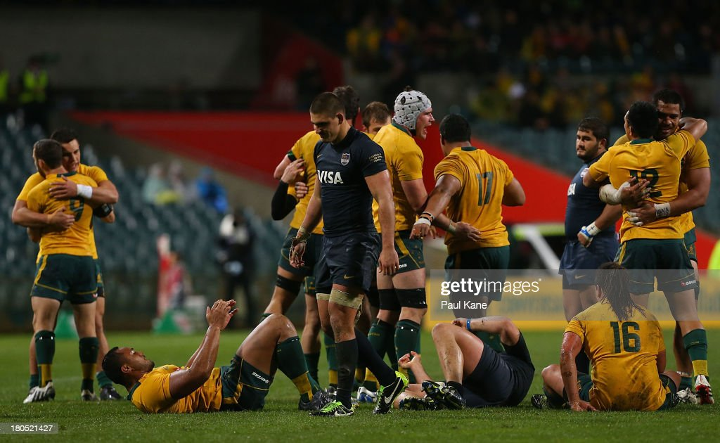 The Wallabies celebrate winning the Rugby Championship match between the Australian Wallabies and Argentina at Patersons Stadium on September 14, 2013 in Perth, Australia.