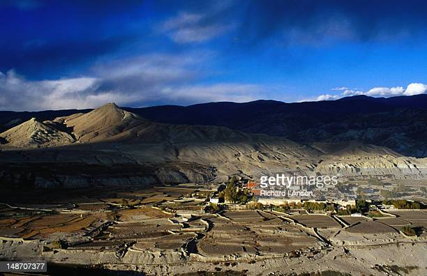 The walled city of Lo Manthang sits on a plateau at 3840m and is the capital of Upper Mustang. Overlooking the city are the ruins of two castles.