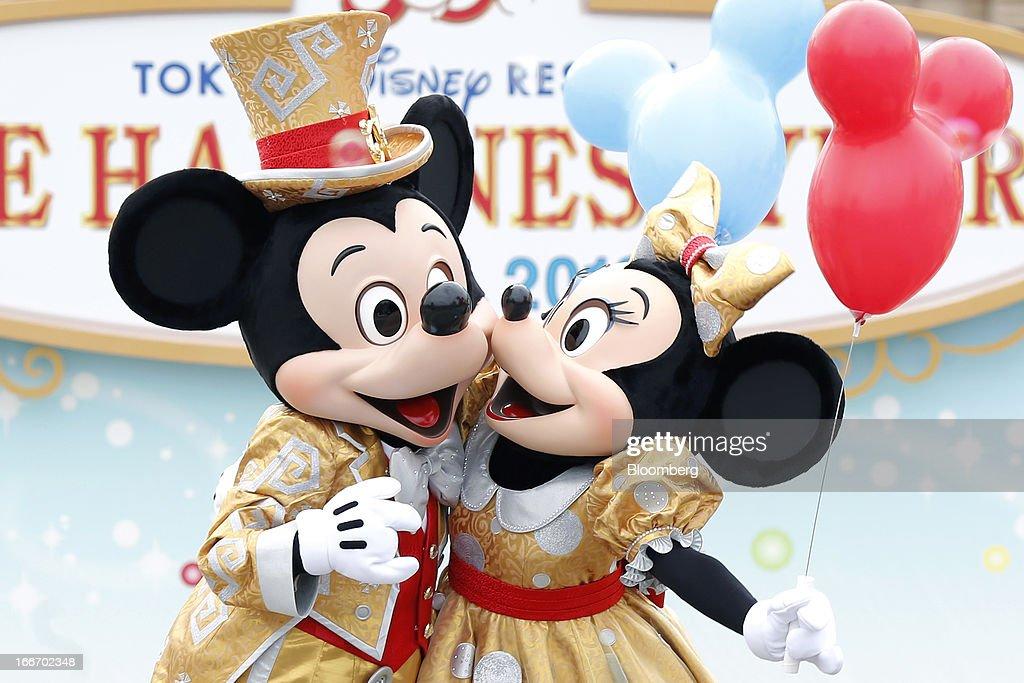 Mickey and minnie porn