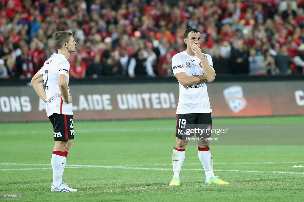 The Wanderers are dejected after they were defeated by United during the 2015/16 A-League Grand Final match between Adelaide United and the Western Sydney Wanderers at Adelaide Oval on May 1, 2016 in Adelaide, Australia.