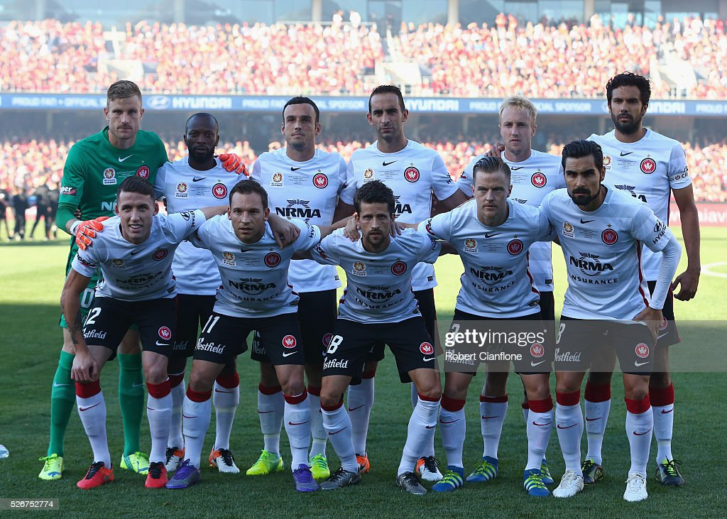 The Wanderers line up during the 2015/16 A-League Grand Final match between Adelaide United and the Western Sydney Wanderers at Adelaide Oval on May 1, 2016 in Adelaide, Australia.