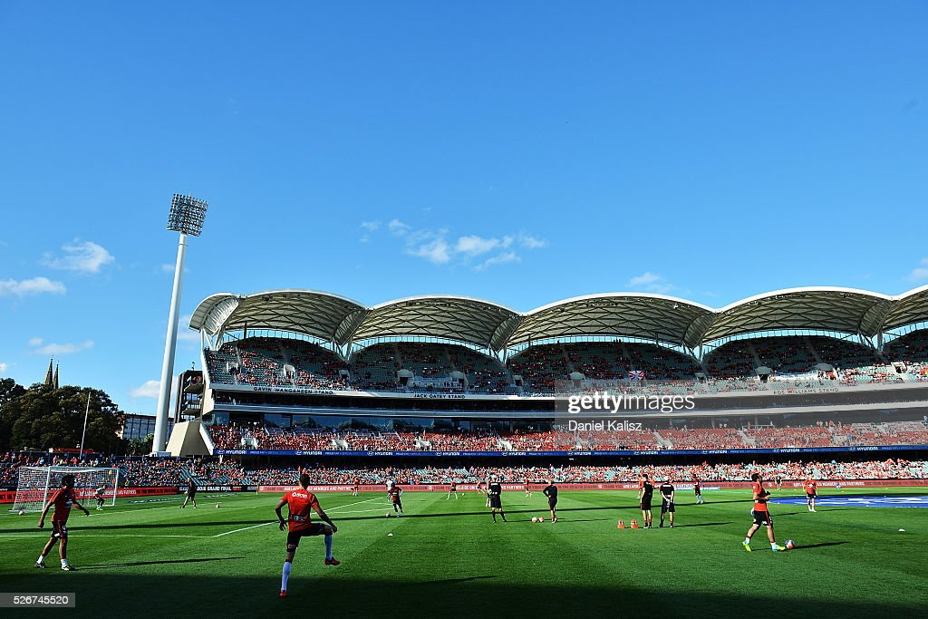 The Wanderers players warm up prior to the 2015/16 A-League Grand Final match between Adelaide United and the Western Sydney Wanderers at Adelaide Oval on May 1, 2016 in Adelaide, Australia.