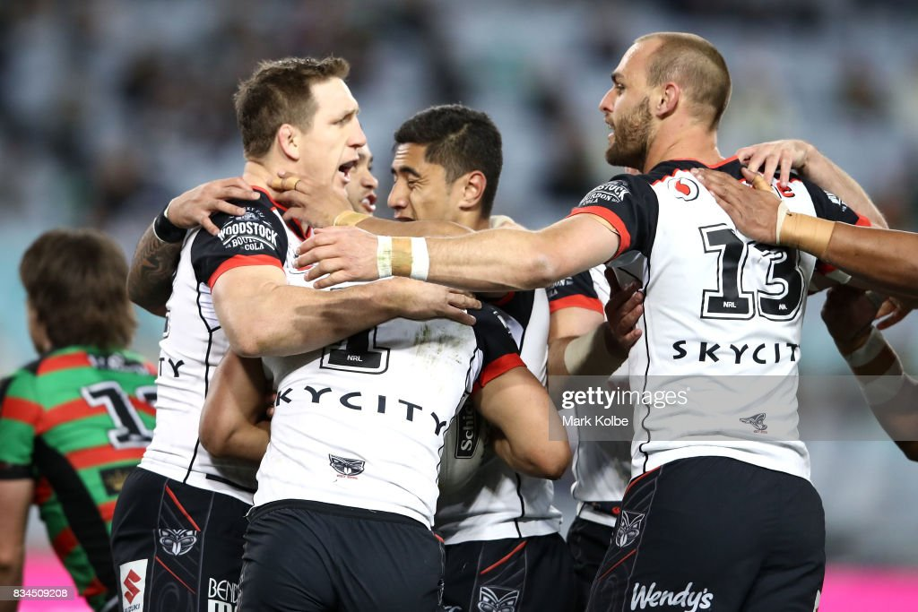 The Warriors celebrate a try scored by Roger Tuivasa-Sheck during the round 24 NRL match between the South Sydney Rabbitohs and the New Zealand Warriors at ANZ Stadium on August 18, 2017 in Sydney, Australia.