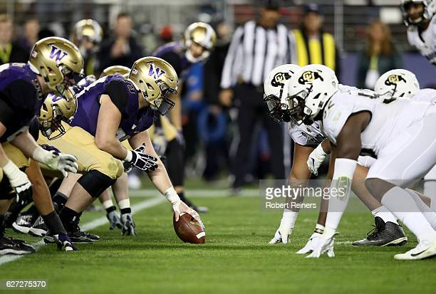The Washington Huskies line up against the Colorado Buffaloes during the Pac12 Championship game at Levi's Stadium on December 2 2016 in Santa Clara...