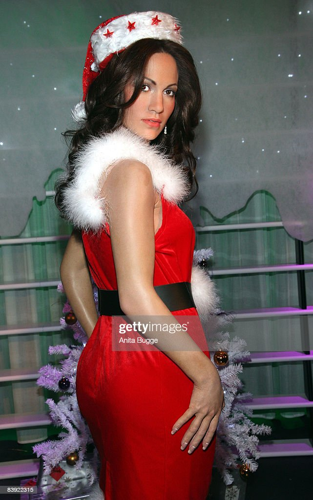 The wax figure of Jennifer Lopez in a christmas costume at the 'Madame Tussaud's' on December 5, 2008 in Berlin, Germany.