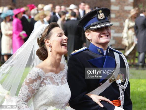 Prince pieter christiaan anita van eijk wedding in for Jill goodacre wedding dress