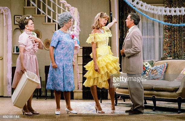 S FAMILY 'The Wedding Part 1' Episode 3 Pictured Rue McClanahan as Aunt Fran Crowley Vicki Lawrence as Thelma 'Mama' Crowley Harper Dorothy Lyman as...