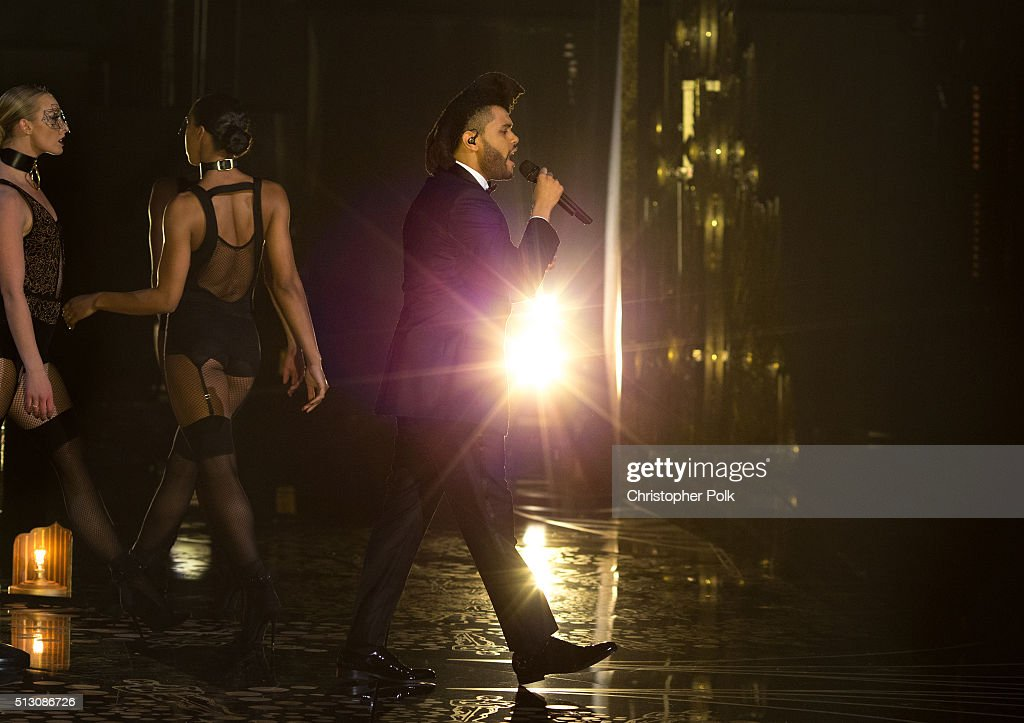 The Weekend performs onstage during the 88th Annual Academy Awards at Dolby Theatre on February 28, 2016 in Hollywood, California.