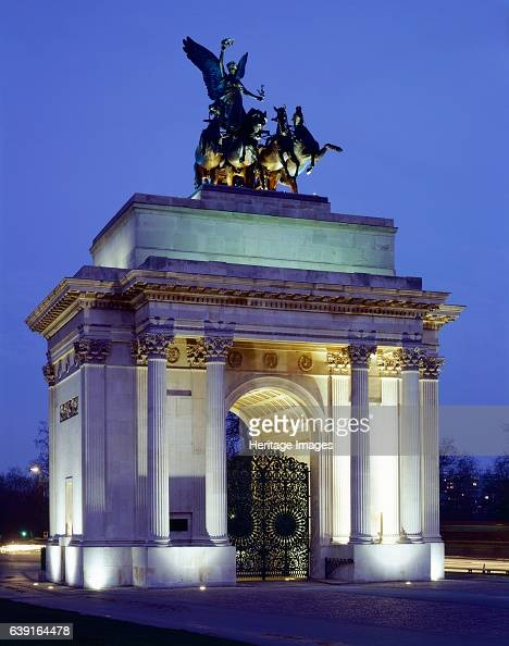 The Wellington Arch Hyde Park Corner London c19902010 View of the floodlit arch Wellington Arch also known as Constitution Arch or the Green Park...