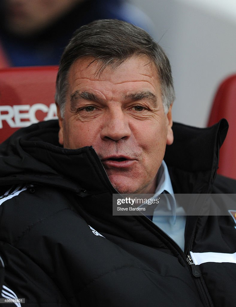 The West Ham Manager <a gi-track='captionPersonalityLinkClicked' href=/galleries/search?phrase=Sam+Allardyce&family=editorial&specificpeople=214691 ng-click='$event.stopPropagation()'>Sam Allardyce</a> before the Barclays Premier League match between West Ham United and Sunderland at Boleyn Ground on December 14, 2013 in London, England.
